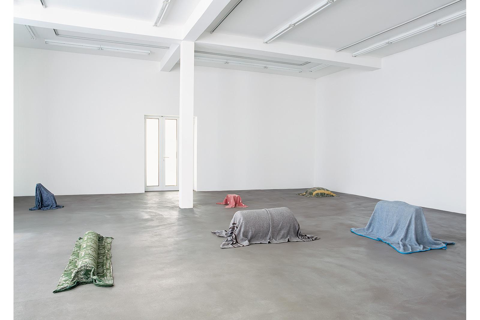 Galerie Hengesbach, 1994 Memorials, Decken, Binder