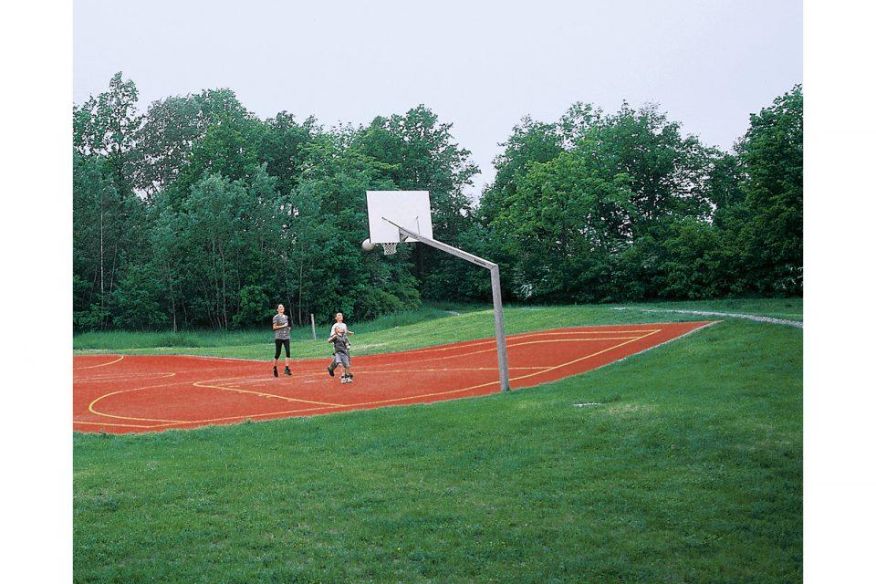 public-sculpture-sportsfield